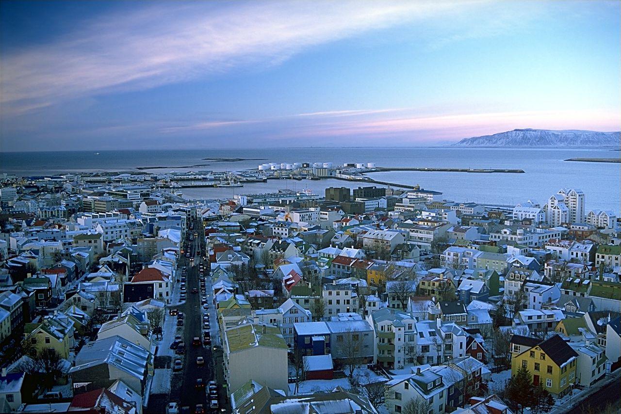 1280px-Reykjavík_séð_úr_Hallgrímskirkju